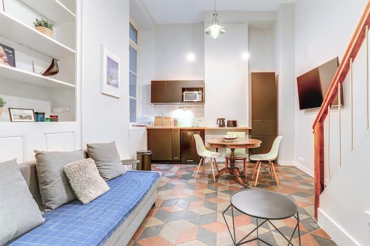 Cosy petit loft en duplex, hyper centre Grenoble.