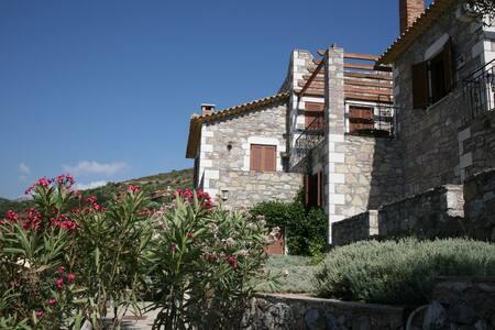 Вилла Villa Amalia в г.Kalamata - Kalamata