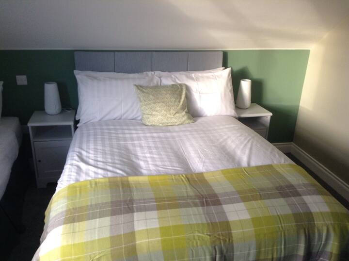 Daleview b&b deluxe double/triple room