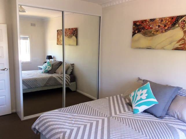 Terrigal 34 Auld&Easy walk to beach&Bright&Sunny - Terrigal - Apartment