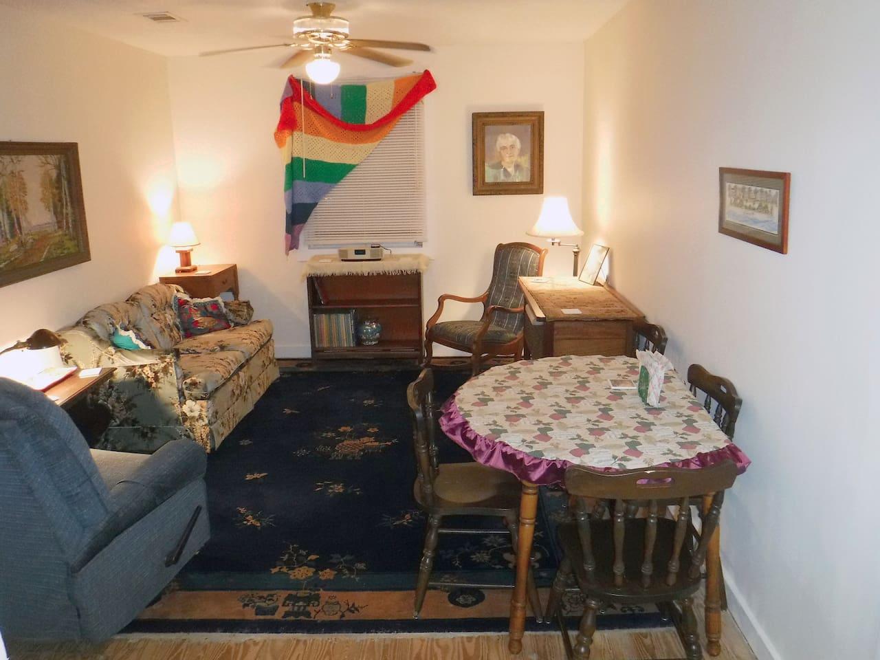 Living room/dinning area.