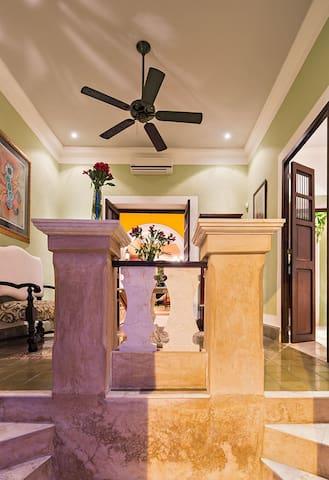 La Casa entrance