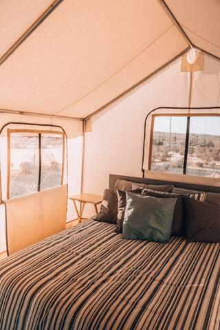 Tent 5, queen