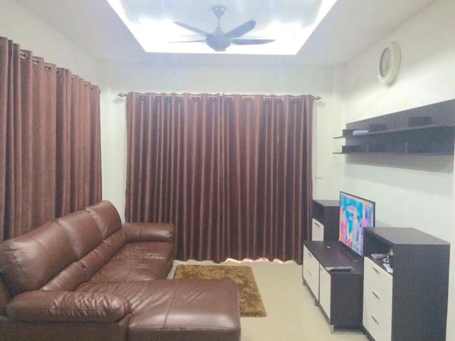 Great house with your family - Phuket - Hus