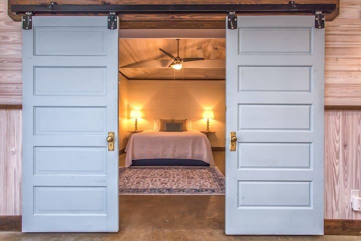 Wilmington Guest Cottage
