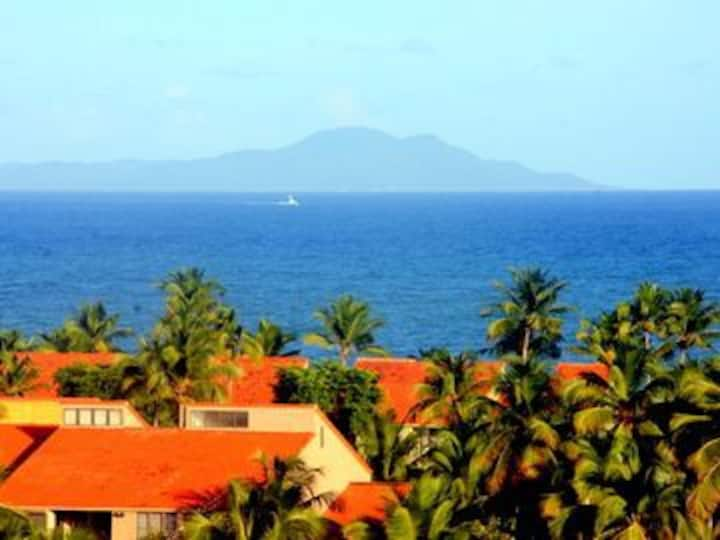 Sunset Villa fully equiped 4BR home in Palmas