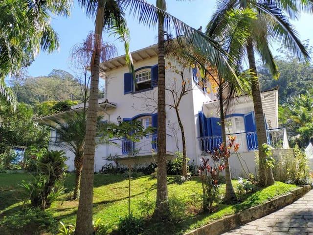 Sua Casa Portuguesa Na Serra.