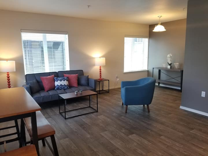 Downtown One Bedroom Close to Seattle Center #3F