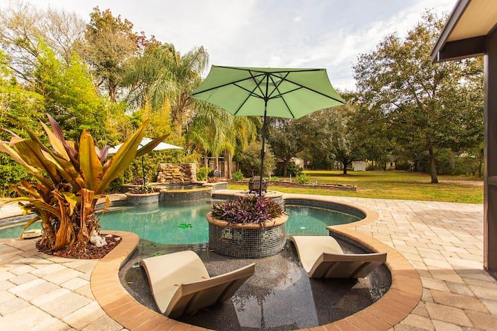 Busch Gardens/Adventure Island/USF/Pool & Spa Home