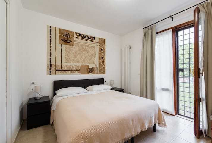 Apartment in a villa at Ciampino (Rome) - 2 guests