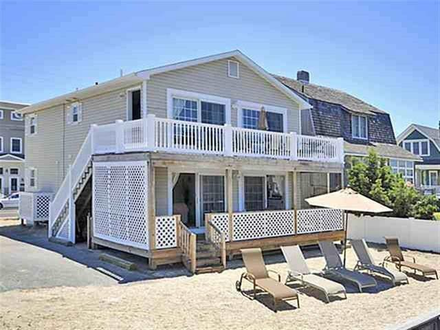 Perfect Avalon Bay Front Townhouse