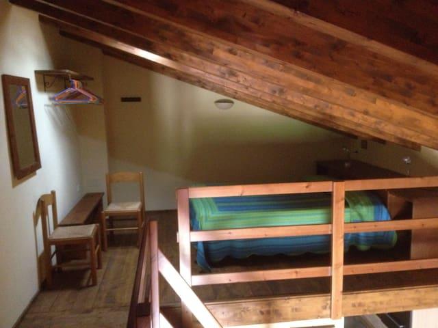 La casa gialla - Monolocale soppalcato (2)