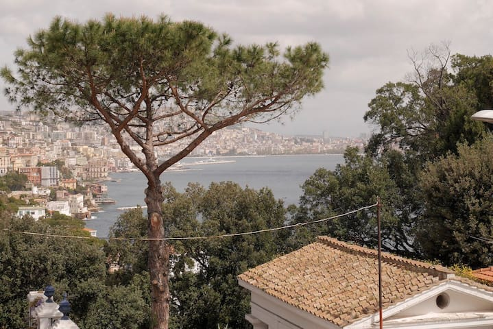 Modern apartment in quiet Posillipo area - Neapol