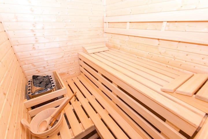 Sauna - seating for 3 people