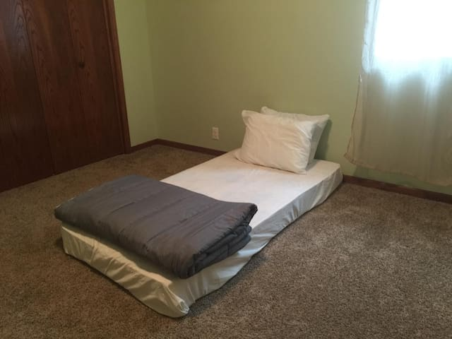 Affordable Comfy Room with Twin Mattress