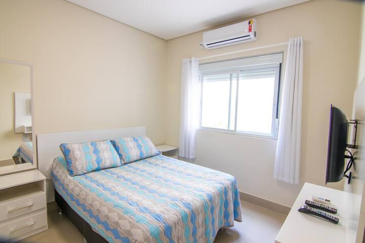Apartamento novo,à 400m da linda praia do Campeche