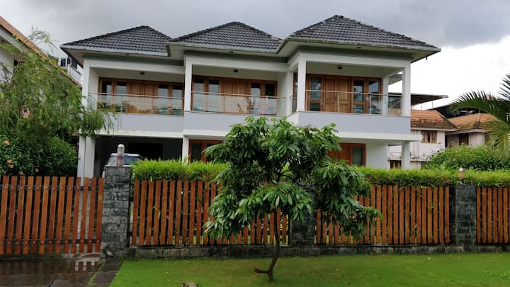 Modern Contemporary Water front Villa 4BR
