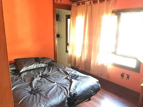 Bonita habitación independiente