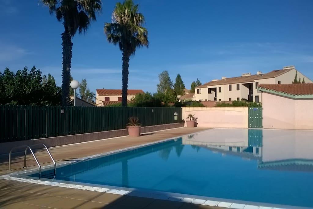 piscine privée de la copropriété