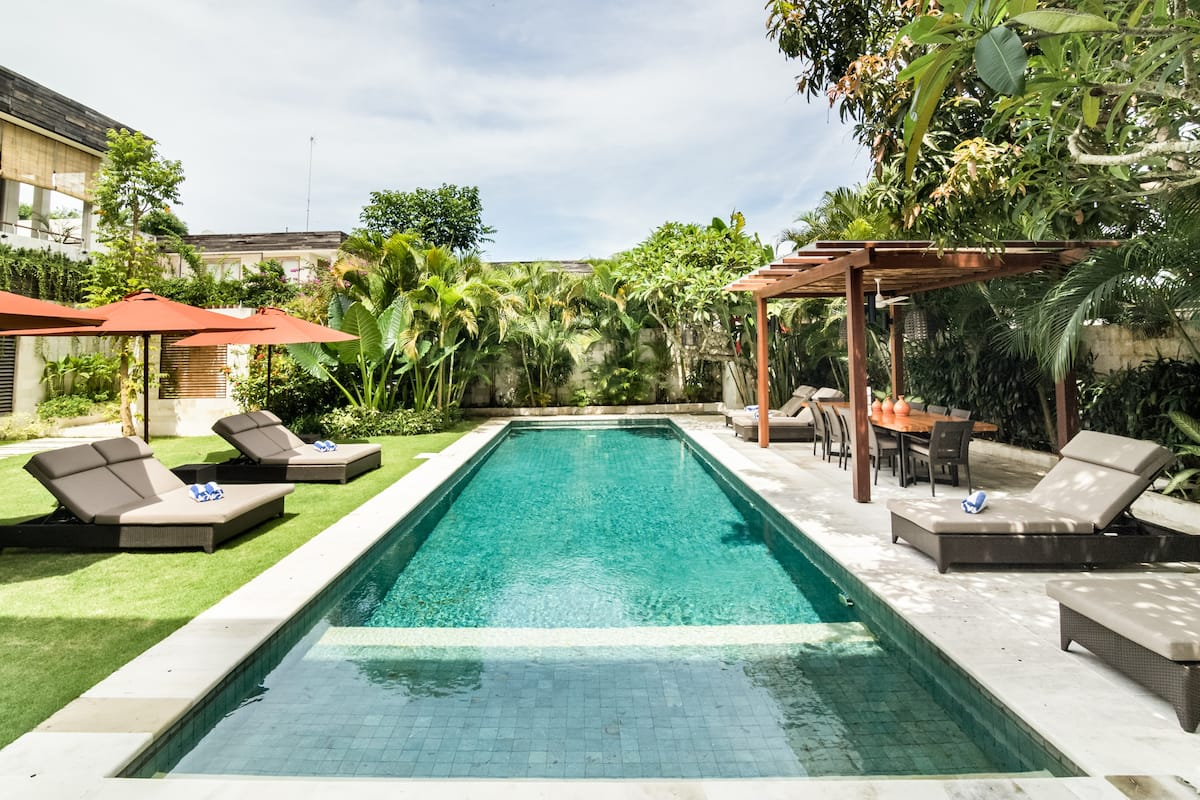 Spacious Villa - Private Pool, Chef, FREE Car & for Weddings