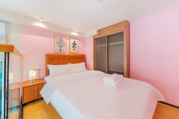 珠海近华发商都/海印又一城/豪华lofter舒适大床房/旺贝精品公寓