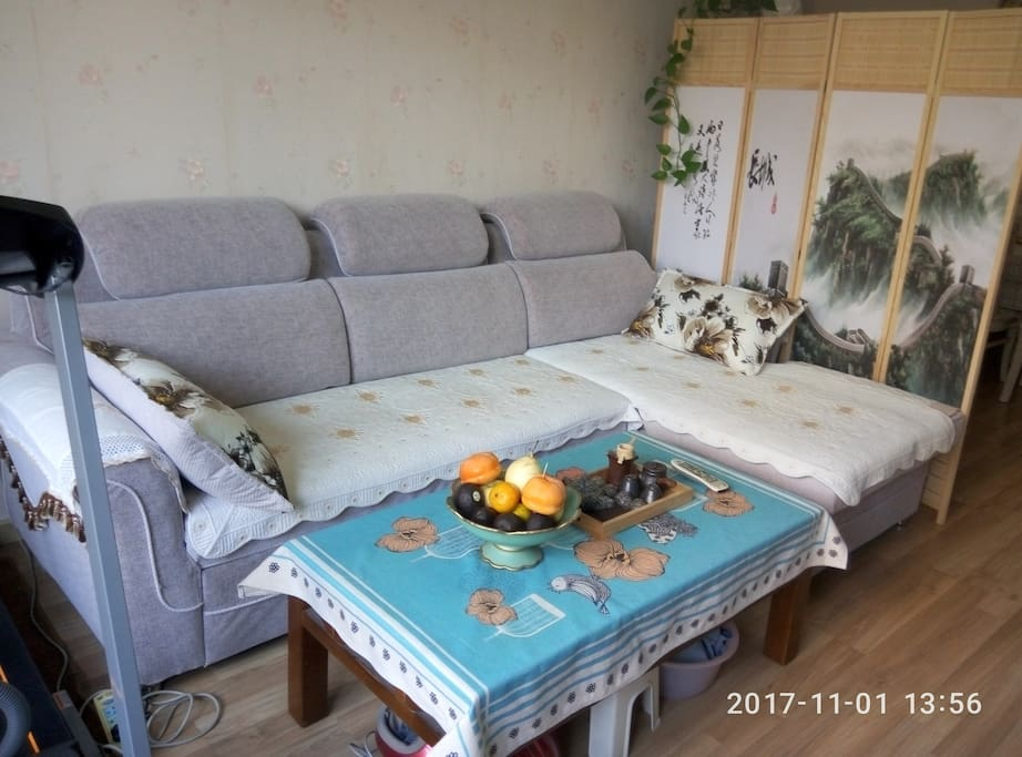 收起来的沙发原型
