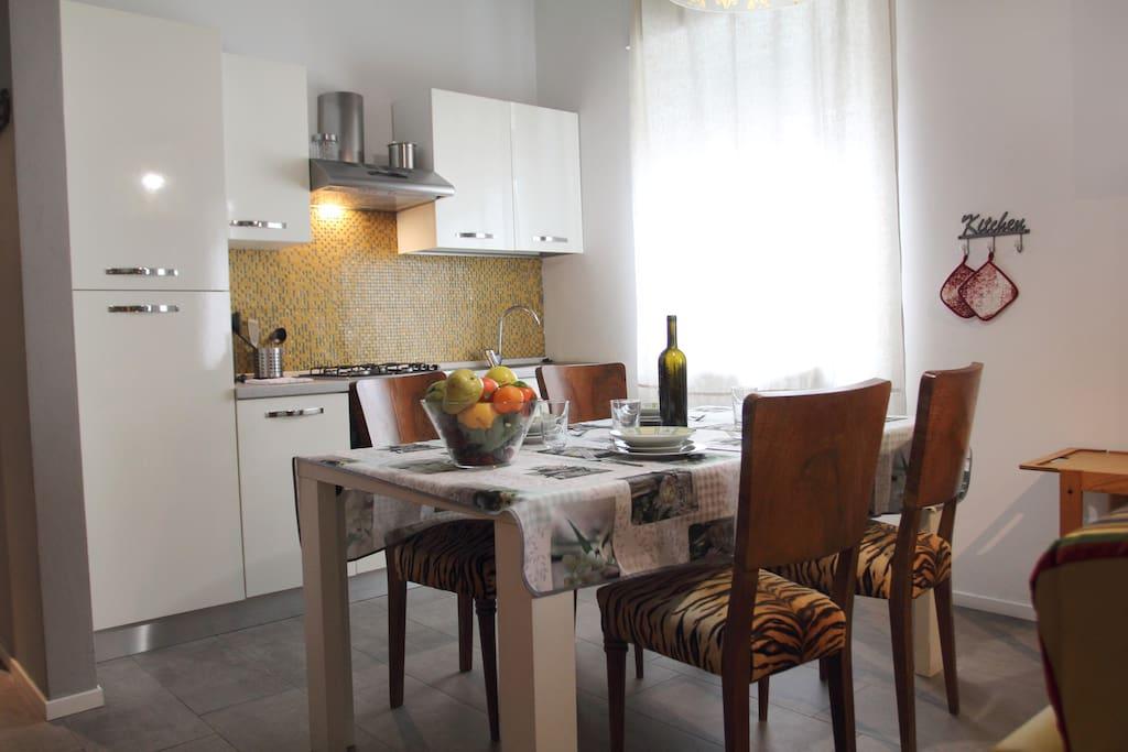 Letto Matrimoniale A Verona.2 Domus Leonardo 1 5 Km Centro M0230911467 Apartments For