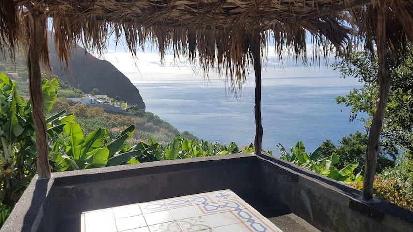 Casa Palmeira · Apart in a Real Madeiran Farm