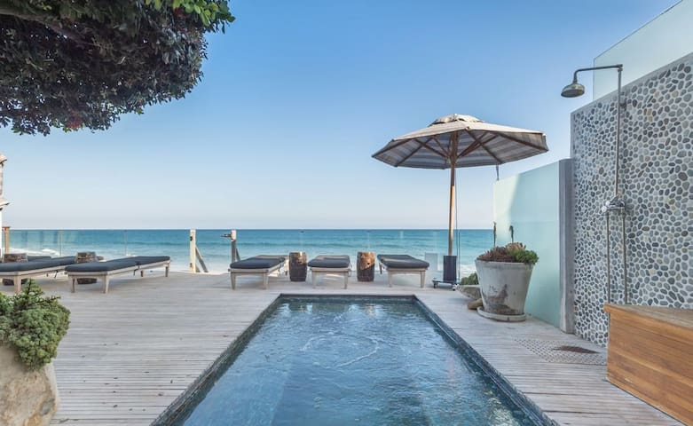 Malibu Road beach Villa