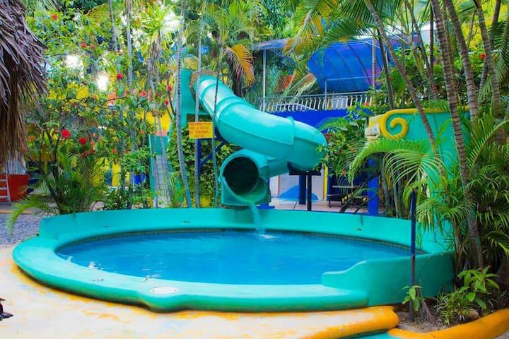 Hotel en Guayabitos, confortable - Rincón de Guayabitos - Apartment