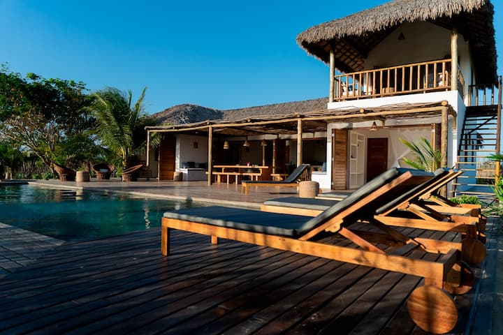 Preabeach Experience: Villa Dunas