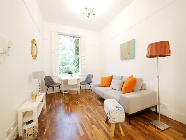 Cosy Raised Ground Floor 1bed - Notting Hill