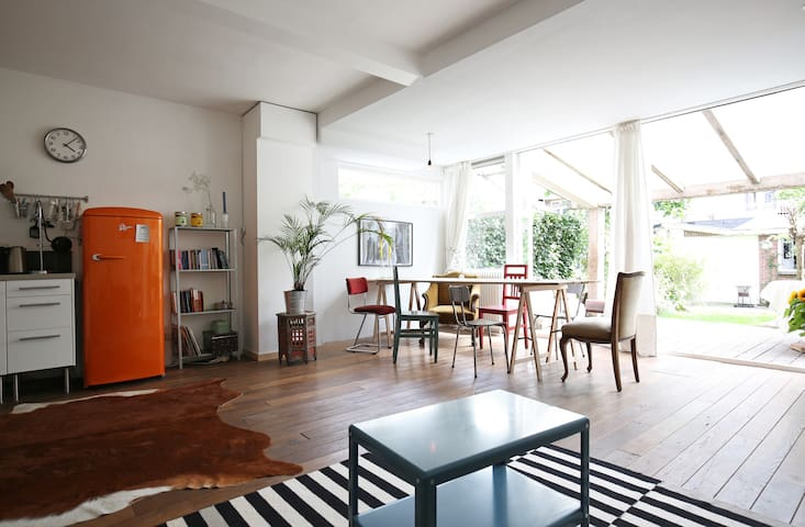 Spacious apartment with sunny garden - Amsterdam - Maison