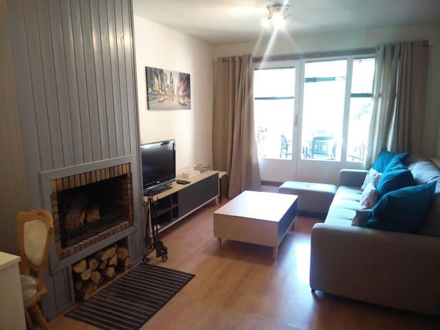 Les Mirades ski and bike apartment 16