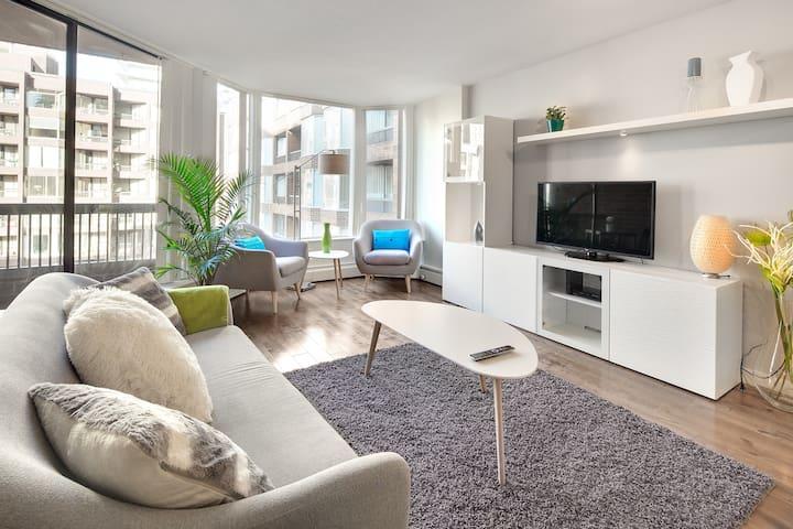 wohnungen in vancouver. Black Bedroom Furniture Sets. Home Design Ideas
