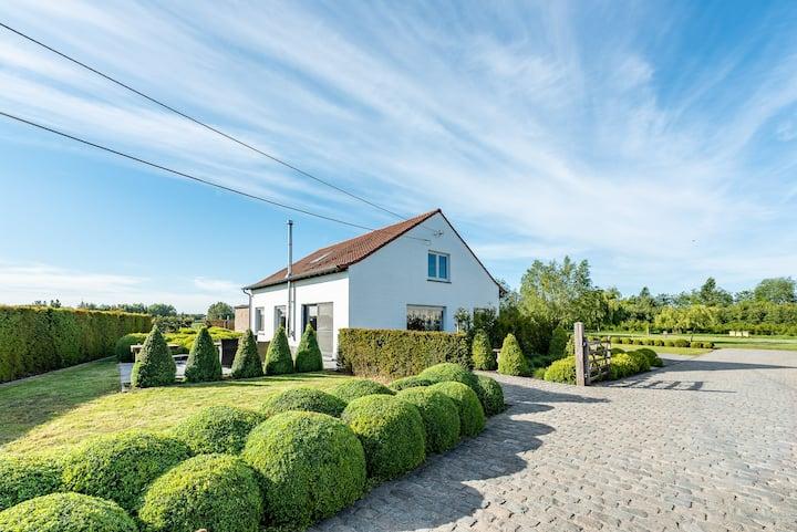Het Wilgenhof, alleenstaande villa voor 8 personen