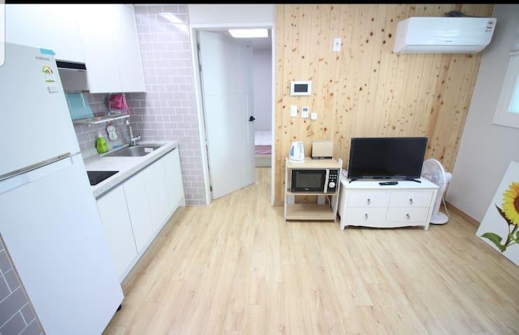 <더폼하우스>#8  광안리 신축건물 \단독^o^독채/ 구조=거실+침실