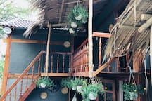 4 bedrooms in a charming wooden stilt house