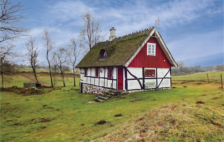 Stunning home in Lövestad with 2 Bedrooms