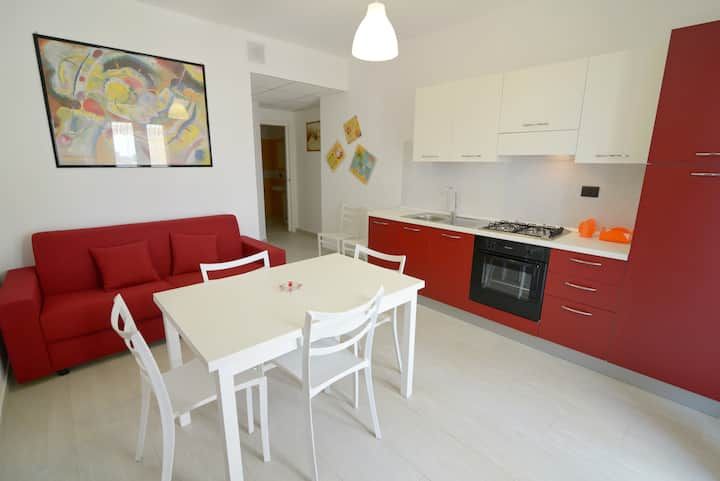 Apartment 1 km from the beach