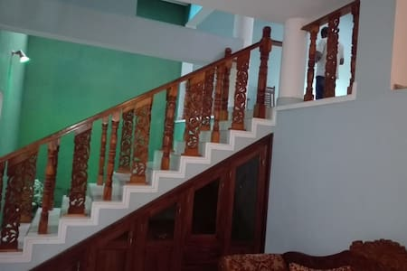 "Araliya Beach Home - ""Happy Stay"""