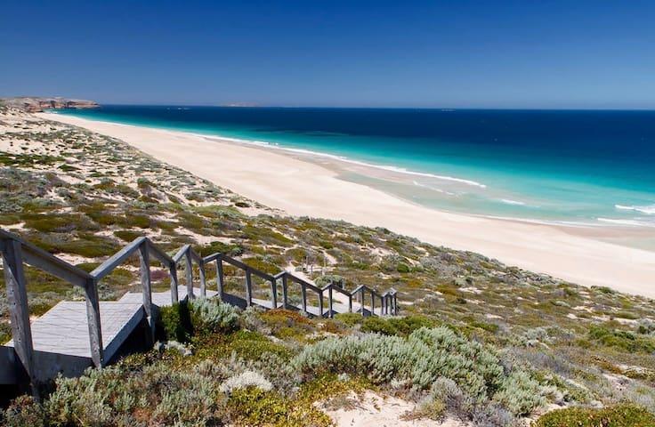 West Cape Beach, Innes National Park