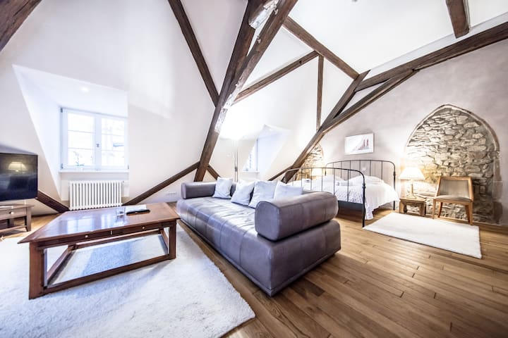 Wachenburg Suite mit Kingsizebett