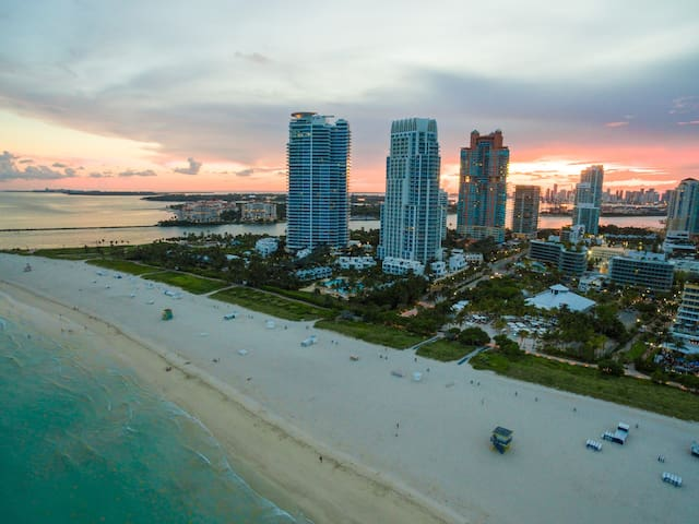 South Beach 16 | Luxury 1BR Beachfront Condo-Hotel