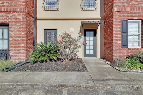 Attractive Lake Charles townhouse, near McNeese