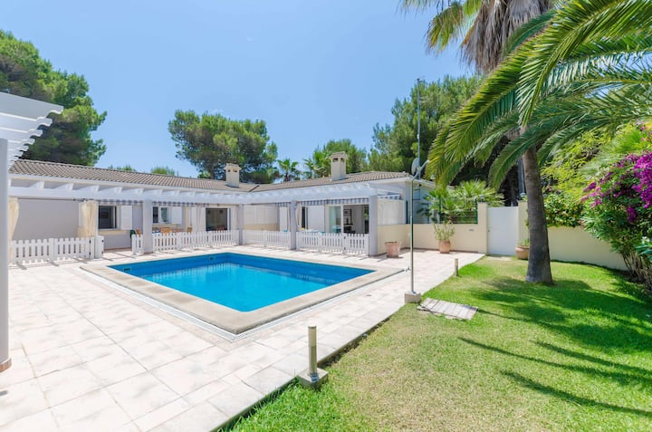 YourHouse Copinyes B - terraced house with shared pool near the beach