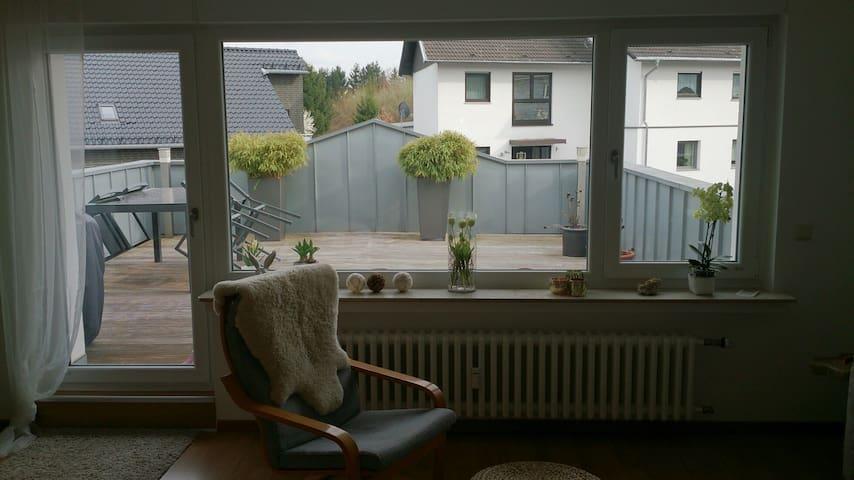 Schöne Dachterrassenwohnung - Alfter - Apartment