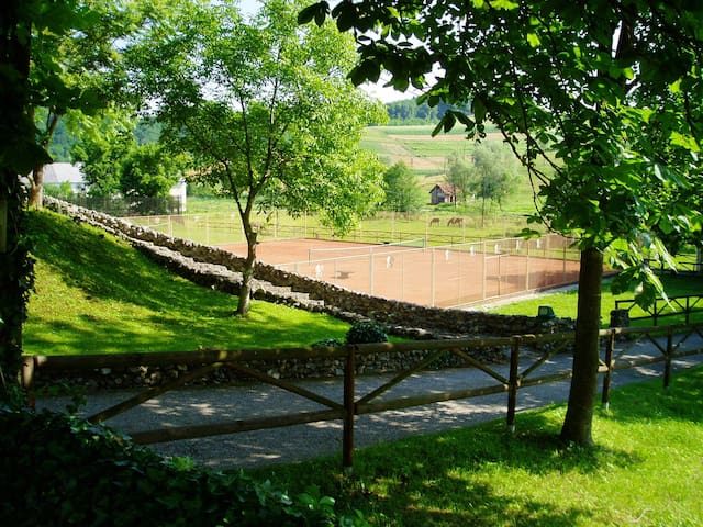 House with one bedroom in Valentinovo, with enclosed garden and WiFi - 20 km from the slopes