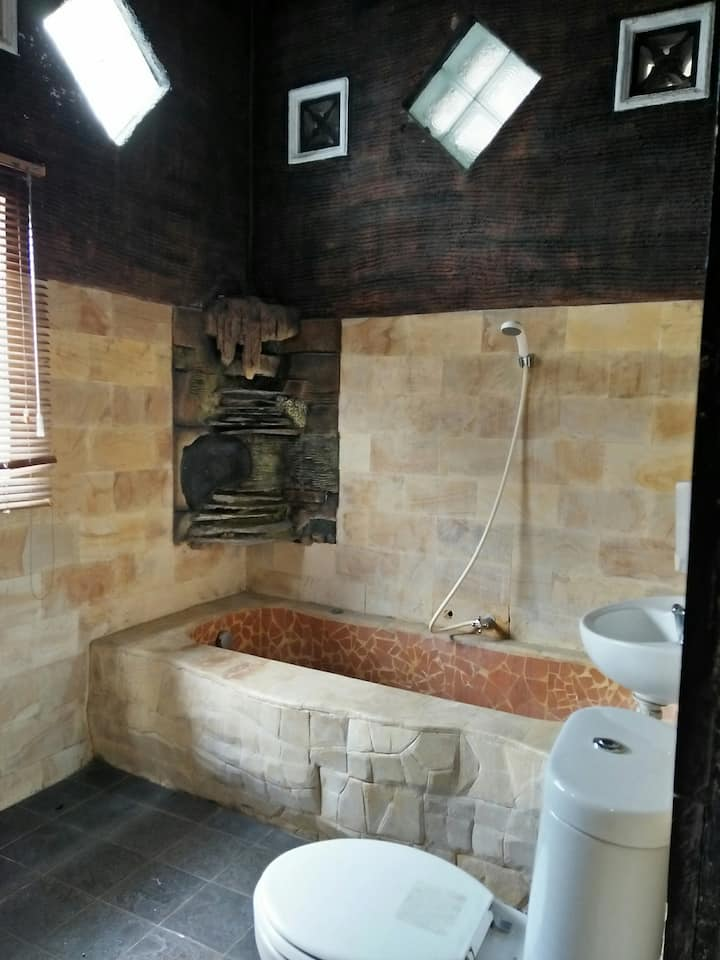 Mumu House - only 7km from Malioboro!