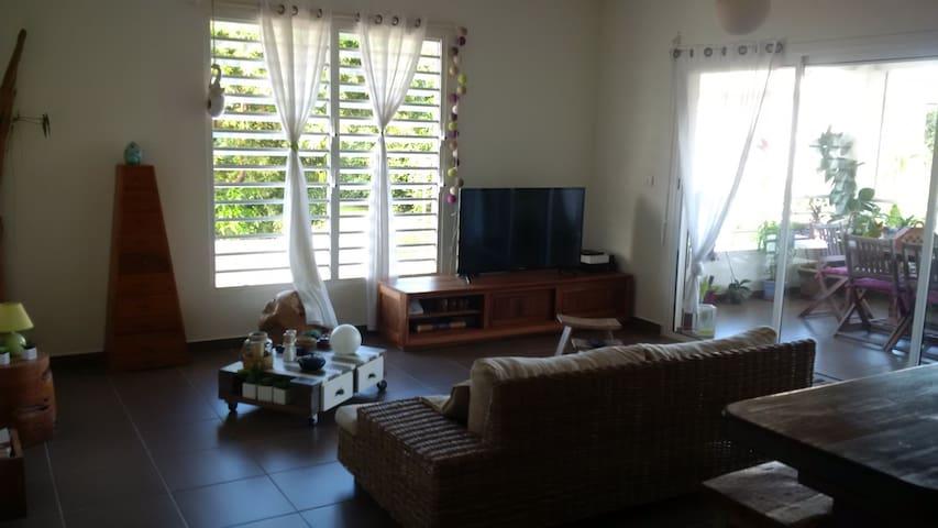 Appartement T3 agréable et idéalement situé - Cayenne - Apartment